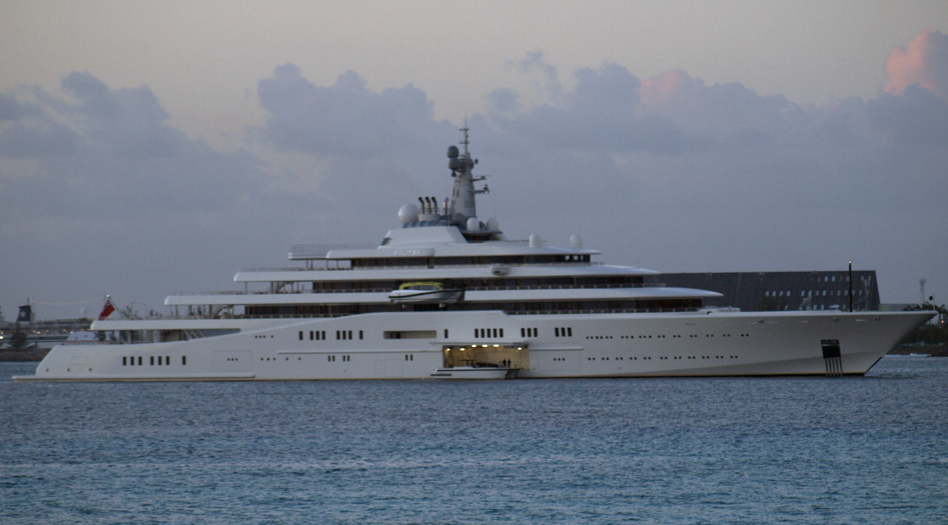 yacht-eclipse_yacht_landing_boat